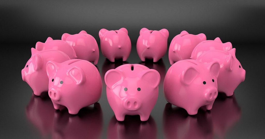 10 piggy banks