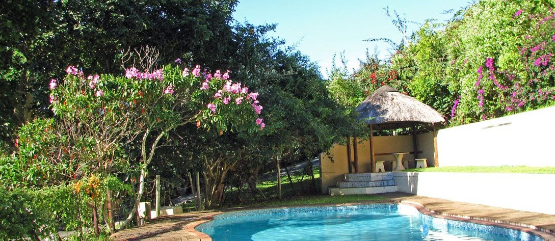 The pool at Umtentweni Caravan Resort