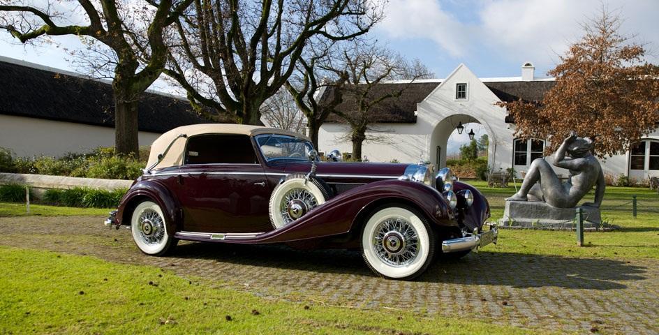 Franschhoek-Motor-Museum-maroon-car