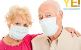 senior couple with face mask 420