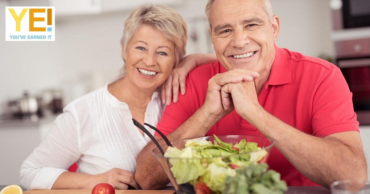 healthy eating senior couple