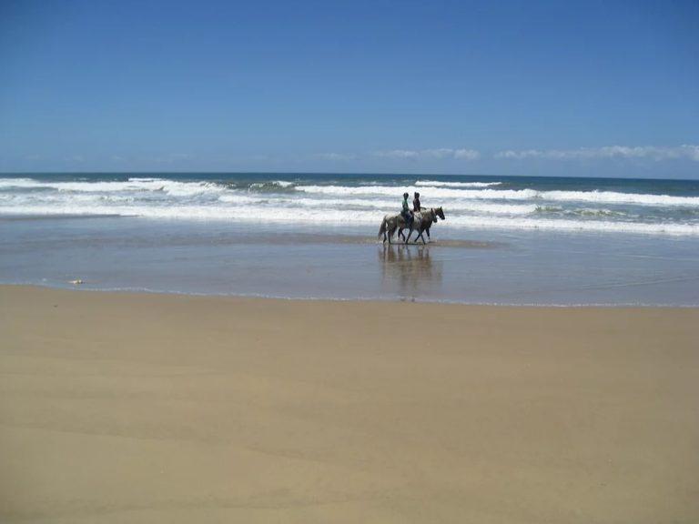 Kob Inn beach